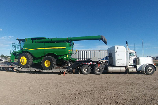 John Deere Flatbed Transport